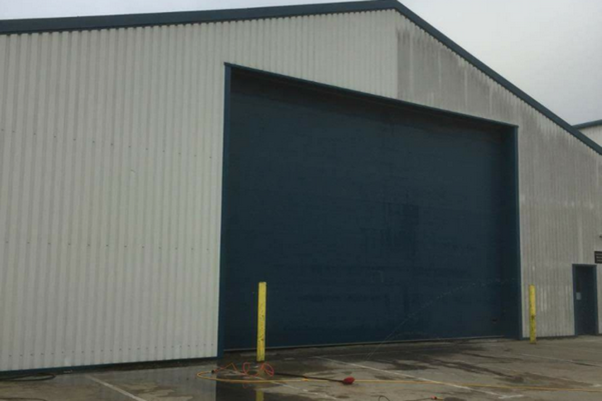 Warehouse Wall Cleaning Southampton Hampshire UK (1)