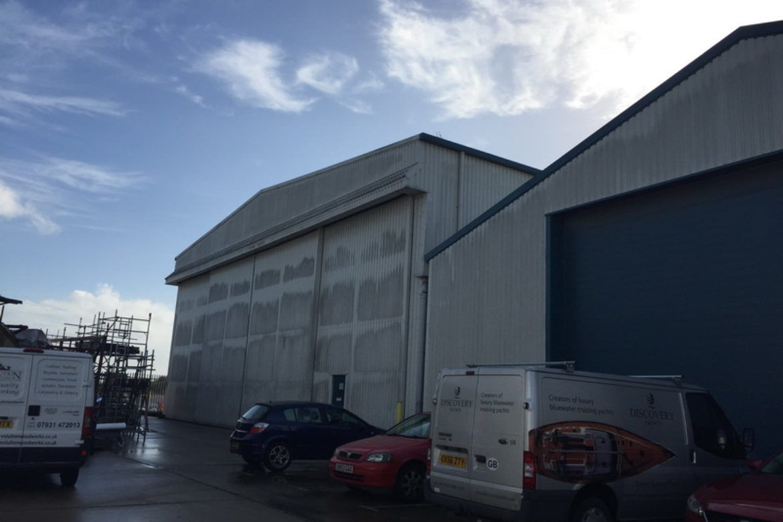 Warehouse Wall Cleaning Southampton Hampshire UK (2)