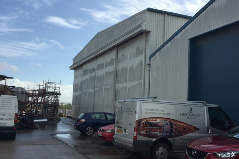 Warehouse Wall Cleaning Southampton Hampshire UK (6)